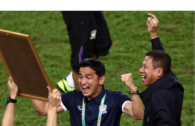 """aff cup 2018 - photo 1 1544756760884569741997 - Huyền thoại bóng đá Thái Lan Kiatisak: """"Việt Nam hiện tại quá hay, 99% sẽ vô địch AFF Cup 2018"""""""