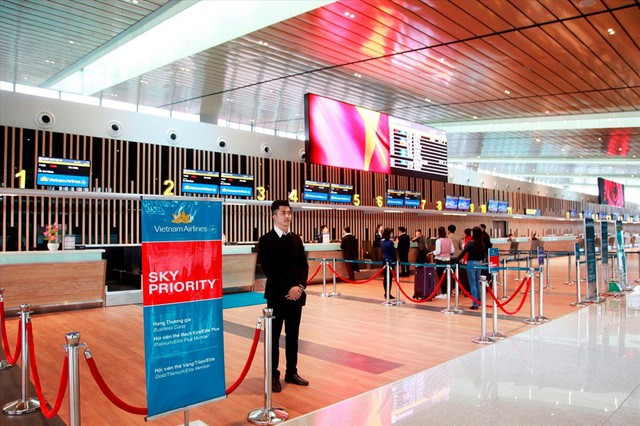 Choáng ngợp nhà ga xanh như khách sạn 5 sao ở Sân bay Vân Đồn - Ảnh 4.