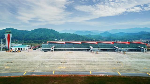 Choáng ngợp nhà ga xanh như khách sạn 5 sao ở Sân bay Vân Đồn - Ảnh 8.