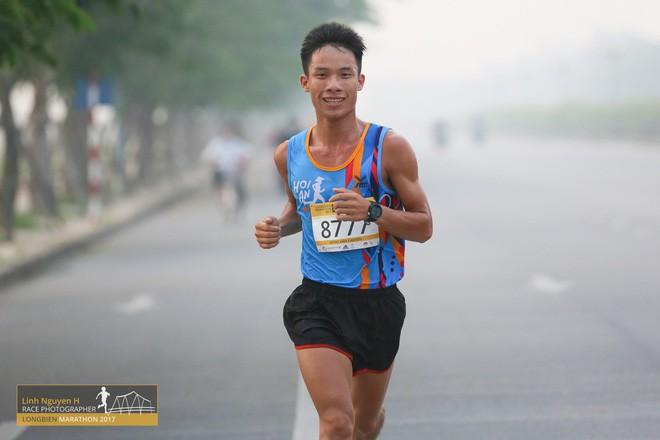 nông văn chuyền - photo 8 1545462116748611335815 - Nông Văn Chuyền: Từ nhân viên massage đến VĐV nghiệp dư kiêm bán đồ chạy bộ nổi tiếng