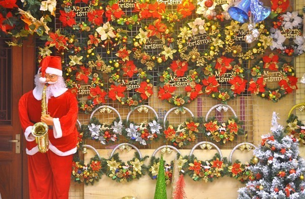 Noel là gì? Nguồn gốc và ý nghĩa của ngày Noel - VnReview - Tin nóng - Ảnh 2.