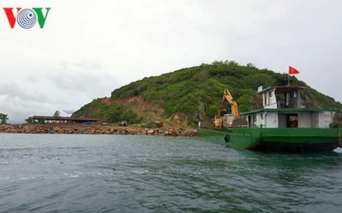 Vịnh Nha Trang đang bị băm nát - Ảnh 2.