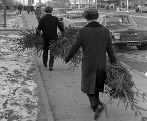 Ảnh tư liệu về cách đón Tết Dương lịch của người dân Liên Xô - Ảnh 5.