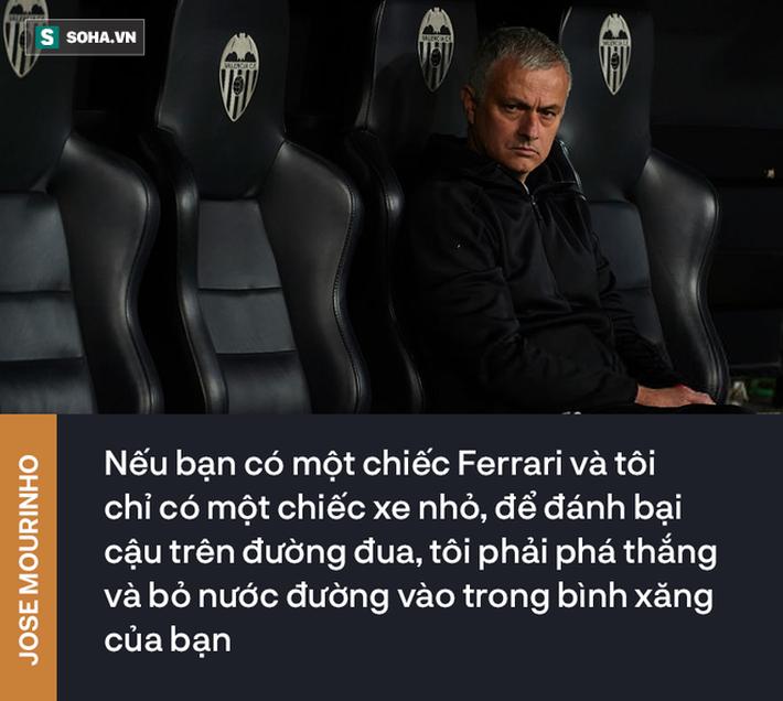 mourinho - photo 2 15457993654731671953674 - Lời chế nhạo 14 năm về trước Mourinho dành cho Sir Alex, giờ ứng vận chẳng sai lấy 1 ly