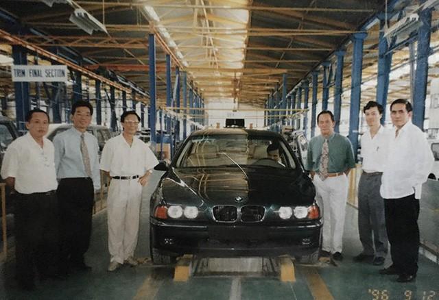 mercedes-benz và bmw - photo 2 1545897668980767351510 - Lắp ráp xe sang tại Việt Nam – hai số phận ngược chiều của Mercedes-Benz và BMW