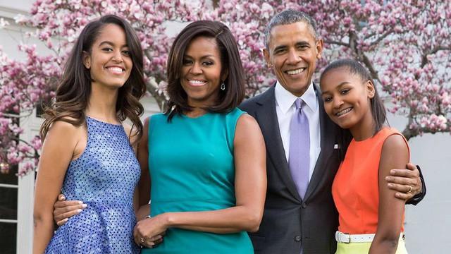 Luôn được mệnh danh là ông bố vĩ đại, Barack Obama chia sẻ bí quyết dạy con cực kỳ thú vị: Người làm cha nhất định phải tham khảo! - Ảnh 1.