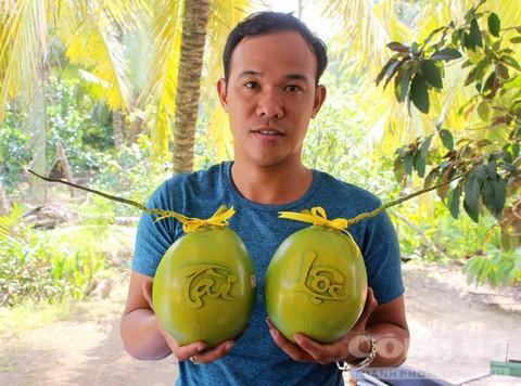 Trái cây độc bán Tết giá bạc triệu mỗi cặp - Ảnh 12.