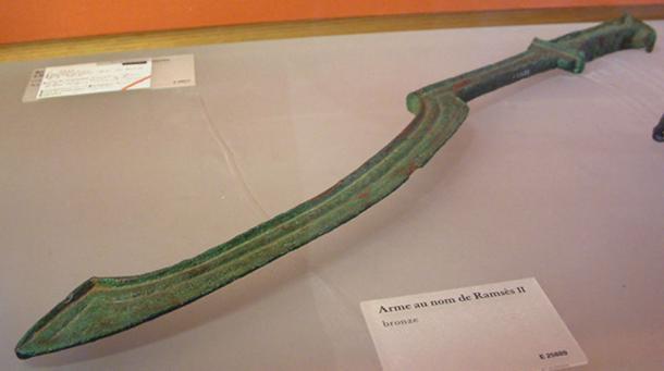 Bí mật sức mạnh thanh kiếm Khopesh: Linh hồn của quân đội Ai Cập cổ đại - Ảnh 4.