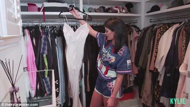 21 tuổi đã kiếm hàng ngàn tỷ đồng một năm, Kylie Jenner có cuộc sống sang chảnh và tài sản đáng ghen tị đến mức nào? - Ảnh 9.