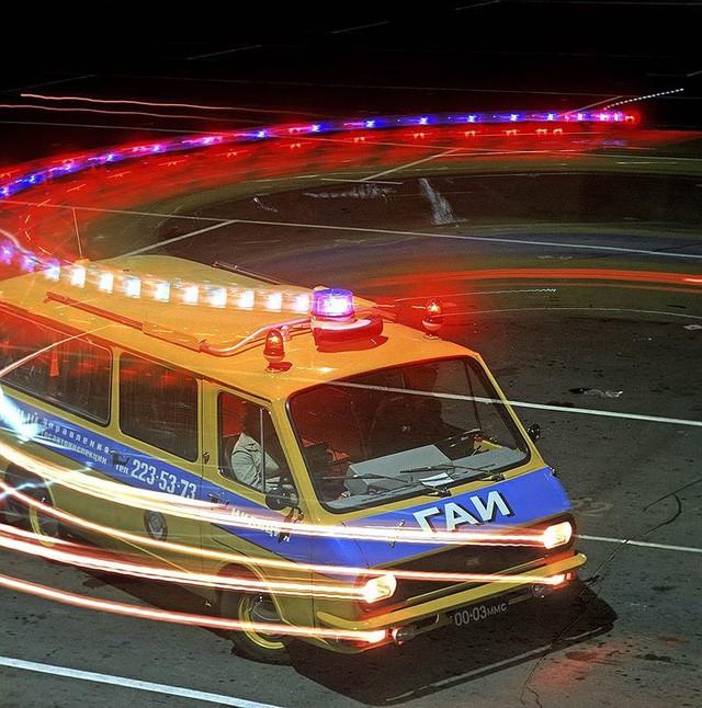 Cảnh sát Liên Xô thế kỷ trước đã đi cả BMW, Mercedes hay Volvo - Ảnh 11.