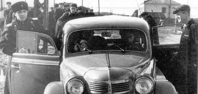 Cảnh sát Liên Xô thế kỷ trước đã đi cả BMW, Mercedes hay Volvo - Ảnh 3.