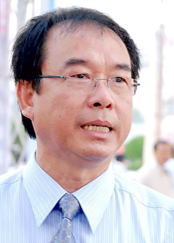 Cựu Phó chủ tịch TP HCM vừa bị bắt liên quan việc chuyển giao lô đất vàng về tay tư nhân như thế nào? - Ảnh 2.