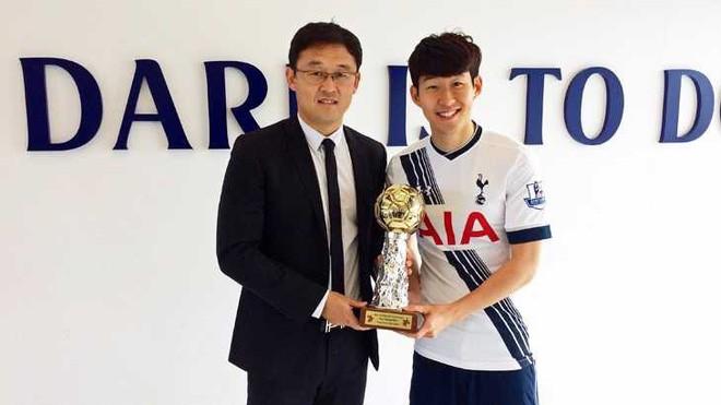"""cầu thủ hay nhất châu Á - photo 1 1544261047625737295423 - Lần đầu tiên trong lịch sử, một cầu thủ Việt Nam trở thành ứng viên của giải """"Cầu thủ hay nhất châu Á"""""""