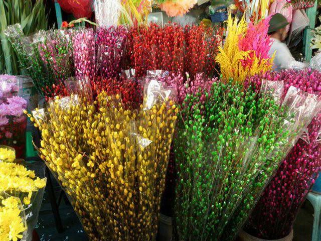 Những loại hoa gia đình nào cũng nên trưng trong ngày Tết để rước thêm may mắn và tài lộc vào nhà - Ảnh 2.