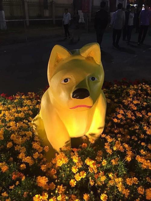 Biểu tượng gia đình nhà chó hờn cả thế giới đã được tạo hình lại  - Ảnh 1.