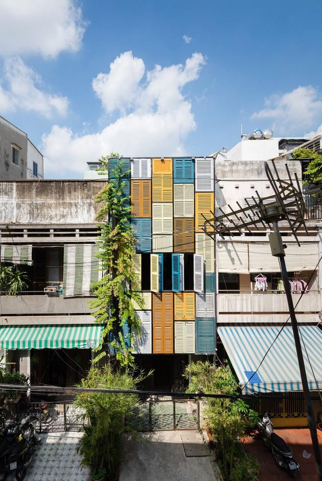 Nằm nghe nắng mưa qua những ô cửa đa sắc của ngôi nhà độc đáo ở Quận 3 Sài Gòn - Ảnh 12.