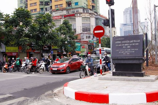 Ngắm đường 10 làn xe đẹp nhất Việt Nam tại Hà Nội - Ảnh 12.