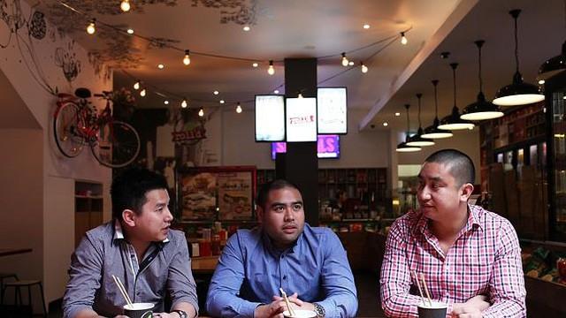 Chuyện chàng trai gốc Việt xây dựng chuỗi 70 nhà hàng Việt bán gỏi cuốn và phở  mọc lên như nấm khắp các trung tâm thương mại Úc - Ảnh 2.