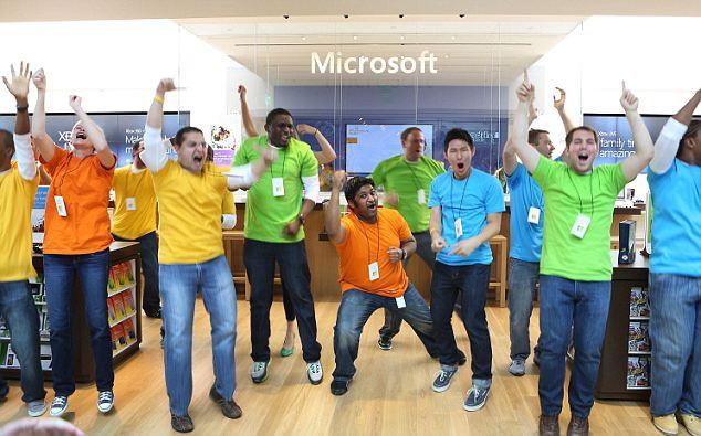 Ở Microsoft: Làm việc là đam mê và đích thân Bill Gates sẽ theo dõi mức độ cam kết đó của từng nhân viên - Ảnh 5.