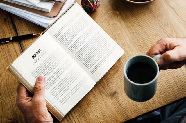 Thử thách đọc hết 50 cuốn sách đã thay đổi cuộc đời tôi như thế nào? - Ảnh 1.