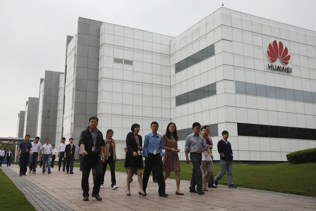 Còng tay bạc của Huawei: Khi mọi nhân viên đều nắm cổ phần doanh nghiệp, ai ai cũng sẽ làm việc như ông chủ đích thực - Ảnh 2.