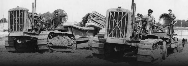Sâu bướm Caterpillar: Từ chiếc máy kéo chạy bằng xích xe tăng thành tập đoàn máy công trình lớn nhất địa cầu - Ảnh 2.