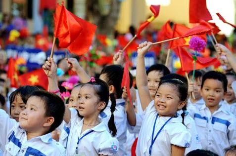 World Bank: Học sinh Việt Nam có thành tích học tập cao hơn Phương Tây - Ảnh 2.