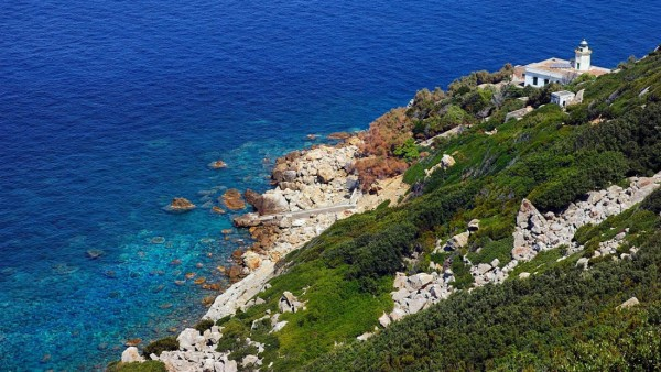 Hòn đảo 'thác loạn' - nơi chứng kiến những cuộc vui chơi trác táng của giới quý tộc Ý - Ảnh 5.
