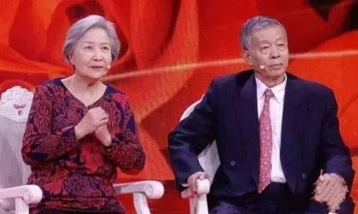 3 bí quyết biến yếu thành khỏe của vợ chồng danh y 80 tuổi: Áp dụng được bạn sẽ sống thọ  - Ảnh 1.