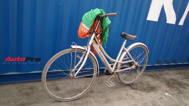Vì sao xe đạp luôn xuất hiện khi khui công siêu xe tại cảng ở Hải Phòng? - Ảnh 3.