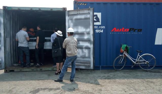 Vì sao xe đạp luôn xuất hiện khi khui công siêu xe tại cảng ở Hải Phòng? - Ảnh 4.