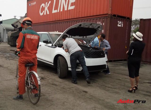 Vì sao xe đạp luôn xuất hiện khi khui công siêu xe tại cảng ở Hải Phòng? - Ảnh 5.