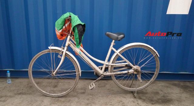 Vì sao xe đạp luôn xuất hiện khi khui công siêu xe tại cảng ở Hải Phòng? - Ảnh 7.