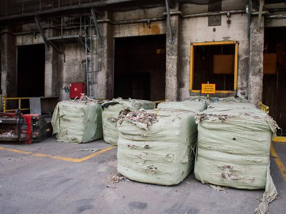 Lý do quốc gia hoàn hảo nhất thế giới Thụy Điển chấp nhận nhập khẩu 800.000 tấn rác thải mỗi năm khiến ai cũng cúi đầu nể phục - Ảnh 3.