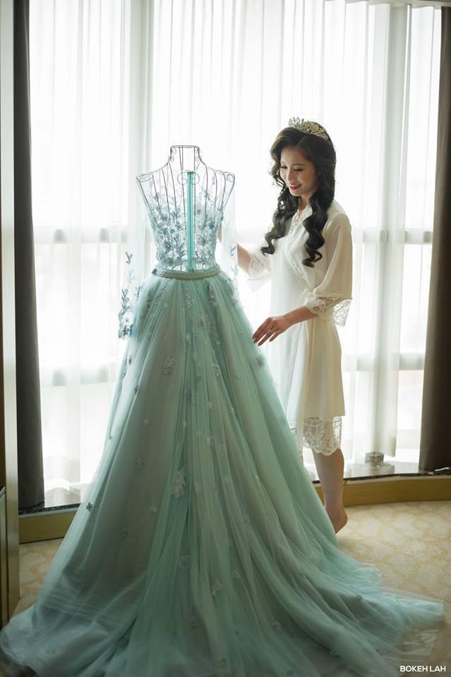 Cận cảnh đám cưới kỳ công xanh màu đại dương của Shark Hưng và cô dâu Á hậu - Ảnh 35.