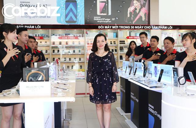 Bí quyết trở thành nhà bán lẻ hiệu quả nhất Việt Nam của FPT Shop: Sales kiêm luôn công việc của anh kỹ thuật, chị kế toán, mỗi nhân viên đem về 2,2 tỷ đồng doanh thu - Ảnh 5.