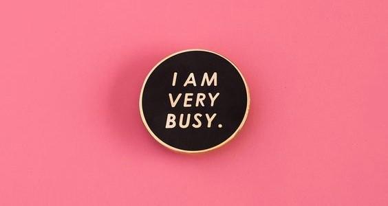Chúng ta đang sống trong thế giới bận rộn một cách không cần thiết? - Ảnh 1.