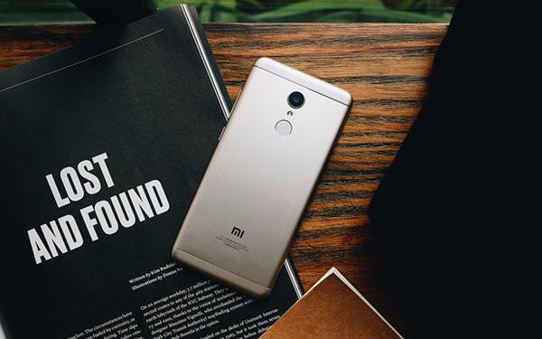 Quái vật trong phân khúc smartphone giá rẻ của Xiaomi chính thức lên kệ - Ảnh 1.
