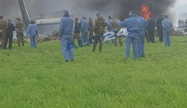 Vụ rơi máy bay tại Algeria: Ít nhất 200 người đã thiệt mạng - Ảnh 1.