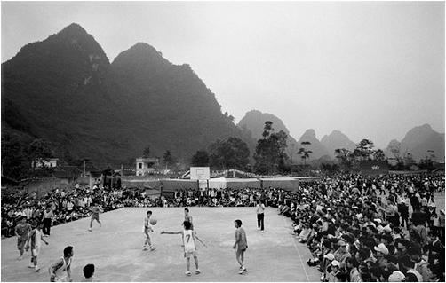 Từ chuyện Shark Khoa đầu tư bóng rổ: Môn thể thao hot nhất nước Mỹ đang hấp dẫn giới doanh nhân trẻ Việt Nam ra sao? - Ảnh 2.