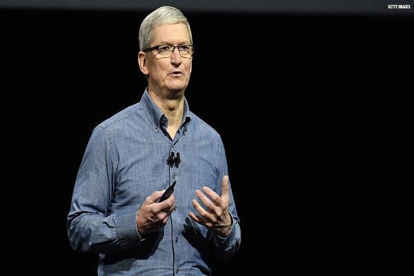 Bài học đắt giá mà CEO Apple Tim Cook học được từ ông chủ quá cố Steve Jobs: Mục đích sống của chúng ta là phục vụ nhân loại này! - Ảnh 1.