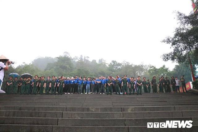 Trực tiếp: Thủ tướng dâng hương tại Đền Hùng từ sáng sớm - Ảnh 10.