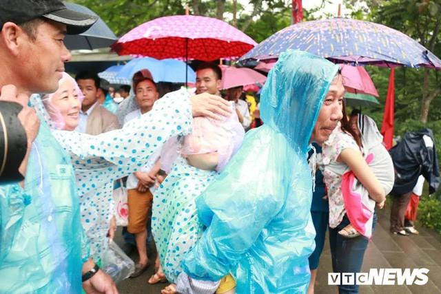 Trực tiếp: Thủ tướng dâng hương tại Đền Hùng từ sáng sớm - Ảnh 13.