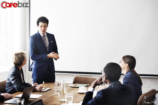 Làm sếp cũng phải học: Làm sếp không phải để la mắng hay bắt lỗi nhân viên, làm sếp là làm việc toàn thời gian - Ảnh 2.