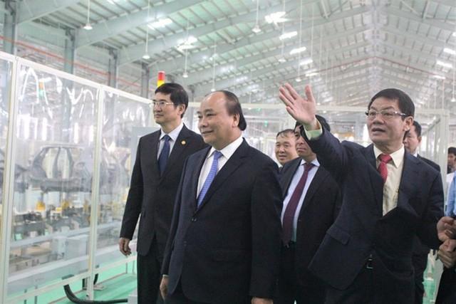 Đại gia ô tô Việt Nam nộp ngân sách gần 15.000 tỉ đồng - Ảnh 1.