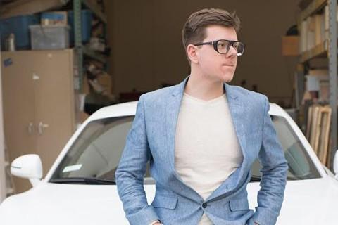 Cá cược với bố mẹ trở thành tỷ phú trước năm 18 tuổi để khỏi học đại học, cậu bé khởi nghiệp từ năm 12 tuổi và thành công rực rỡ - Ảnh 3.