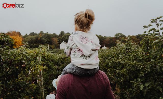 Cha mẹ thông minh không bao giờ mắc phải 8 thói quen dạy con này, sửa đổi ngay trước khi trẻ trưởng thành - Ảnh 1.