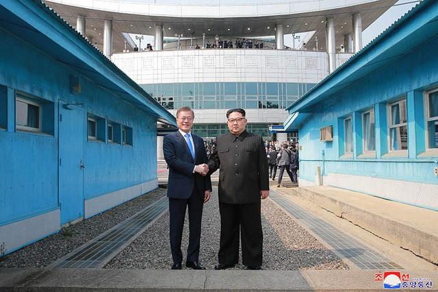 Ông Kim Jong-un nêu lý do đổi múi giờ của Triều Tiên khớp với Seoul  - Ảnh 1.