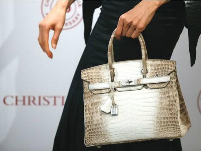 8 thương hiệu thời trang khiến một nửa thế giới mê mẩn: Ai trong phái đẹp cũng muốn được sở hữu  - Ảnh 1.
