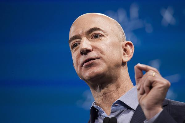 Lấy hình mẫu lý tưởng là Jeff Bezos và Steve Jobs, người đàn ông 31 tuổi này là CEO của công ty trị giá hơn 3 tỷ đô  - Ảnh 2.
